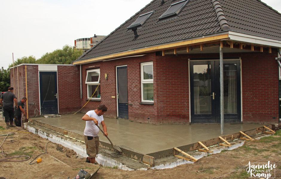 aanbouw buis in Emmeloord